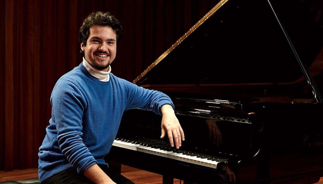 Andrew Garrido Piano